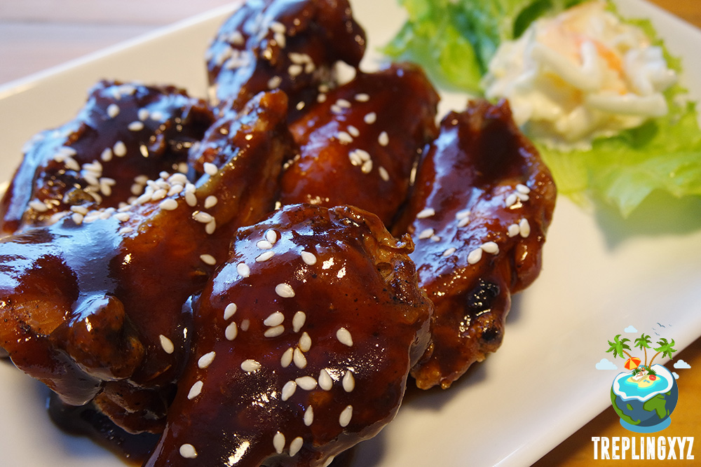 John Wings with BBQ Sauce