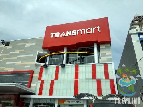 Transmart Rungkut Surabaya - Tempat Berbelanja Sambil Refreshing